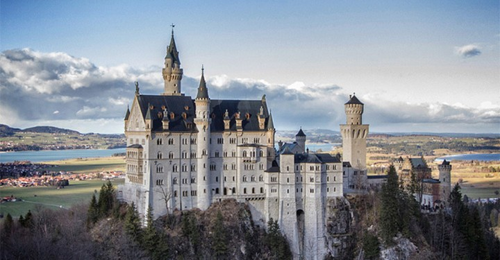MSM Miami Shoot Magazine-Majestic Castle-Rob Faulkner-Travel-Neuschwanstein Castle-Germany copy