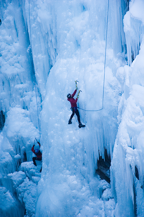 MSM Miami Shoot Magazine-Ouray Ice Park-Courtesy of the Ouray Chambr Resort Association, Eric Funk-small