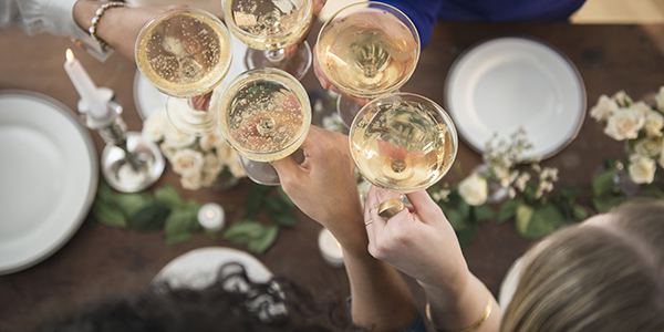 o-champagne-toast-facebook-2