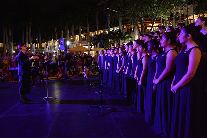 MSM Miami Shoot Magazine-Merrick Park Lighting Ceremony-Coral Gables Senior High School Choir1