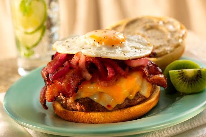 MSM Miami Shoot Magazine-The Filling Station-Burgatti Burger