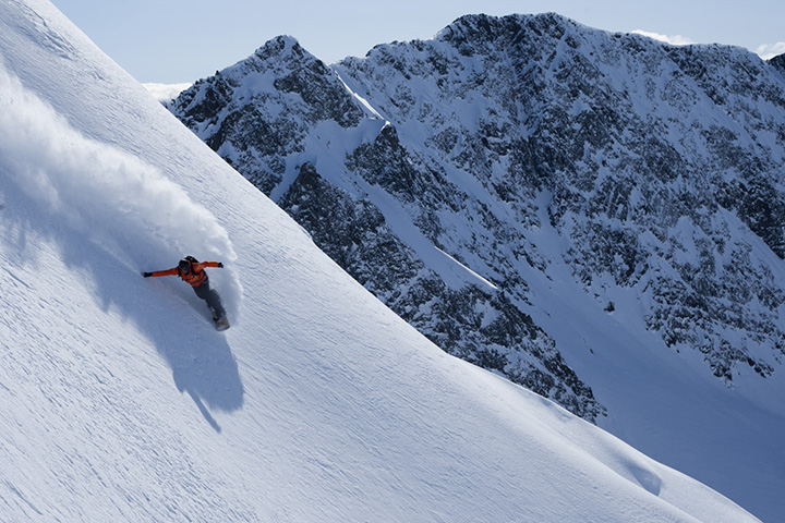 Nick Thomson, Girdwood Alaska, Chugach Powder Guides photo:Adam Clark/CPG